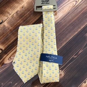 NWT Nautica boys tie yellow anchors